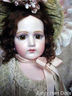 Portrait Jumeau Bebe - Emily Hart Dolls
