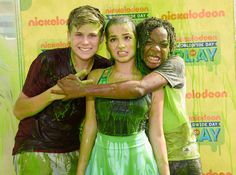 "Owen Joyner Photos Photos - Nickelodeon's ""100 Things To Do Before ..."