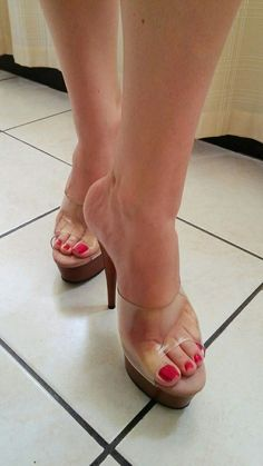 Clear mules and great feet Sexy High Heels, Sexy Legs And Heels, Hot Heels, Platform High Heels, Beautiful Toes, Beautiful High Heels, Feet Soles, Women's Feet, Sexy Zehen