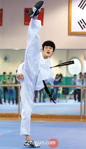Lee Dae Hoon , the professional player of Taekwondo from Korea