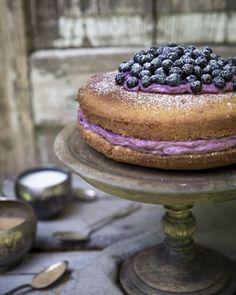 Jotain maukasta -blogistin komea mustikkakakku | Me Naiset