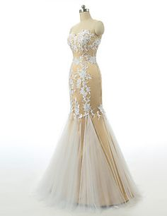 Formal Evening Dress Trumpet / Mermaid Sweetheart Floor-length Lace / Tulle / Stretch Satin with Appliques – USD $ 119.99