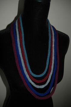Collier en liens version tricotin artisanal en laines : Collier par steffanette