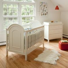 Lolly and Me Ellery Convertible Crib and Changing Table/Dresser Set