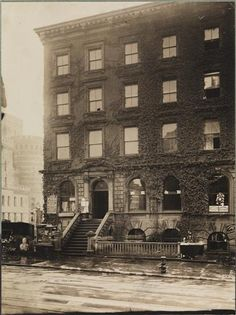 Birthplace of Cornelius Vanderbilt, Jr., 34th Street and Fourth Avenue. - Museum of the City of New York