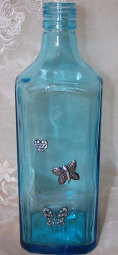 Butterfly Vaseupcycled Bombay Sapphire Gin  bottle by SimplyGlass, $15.00 Gin Bottles, Glass Bottles, Butterfly Art, Butterflies, Bombay Sapphire Gin, Glass Bottle Crafts, Vintage Candles, Antique Bottles, Vintage Paper