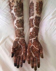 Attractive Sectional Mehendi Designs All Over The Hand - Mehndi Designs - Henna Designs Hand Henna Hand Designs, Dulhan Mehndi Designs, Mehandi Designs, Mehndi Designs Finger, Khafif Mehndi Design, Latest Bridal Mehndi Designs, Mehndi Designs 2018, Modern Mehndi Designs, Mehndi Design Photos
