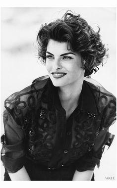 Linda Evangelista Vogue, 1990