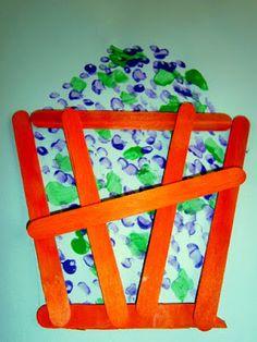 Προσχολική Παρεούλα : Μες το πατητήρι .... αχ τι πανηγύρι !!! Fall Crafts, Diy And Crafts, Crafts For Kids, Autumn Activities, Fruit, Spring, Projects, Blog, Craft Ideas