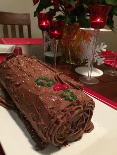 Chocolate Peppermint Yule Log Holiday Baking Championship, Yule Log Cake, Cake Shop, Plated Desserts, Food Network Recipes, Holiday Recipes, Peppermint, Cake Recipes, Chocolate