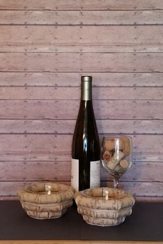 , see hand crafted, classic, as well as one regarding a level goods and gifts regarding your desired look. Wine Cork Centerpiece, Wine Cork Wreath, Wine Cork Art, Wine Cork Crafts, Wine Bottle Crafts, Wine Cork Boards, Wine Cork Table, Diy Cork, Wine Cork Projects