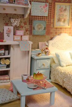 "DIORAMA ""CLEAR SKY BEDROOM""( around 16 cm size dolls )"