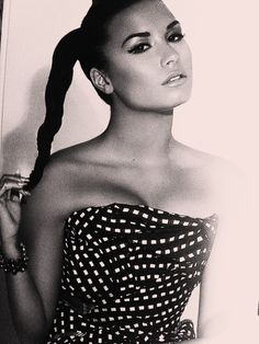 Demi love her ups and downs she's still been like an actual human through it all.// gorgeous