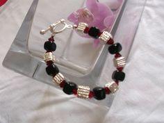 Black & Red Swarovski Bracelet - The Supermums Craft Fair