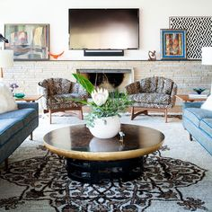 A Mid-Century Playland In Austin - This Austin Home Is Mid-Century Magic - Photos