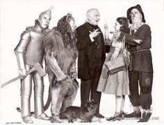 Wizard of Oz Jack Haley, Bert Lahr, Frank Morgan, Judy Garland, and Ray Bolger Photo Judy Garland, Color Splash, Color Pop, Bert Lahr, Wizard Of Oz Characters, Kansas, Frank Morgan, Ray Bolger, Jack Haley