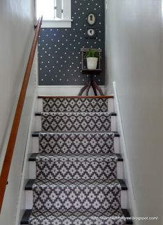 s 15 bold ways to redo your outdated staircase without remodeling, home improvement, stairs, Lay down a colorful runner Staircase Landing, Staircase Design, Staircase Ideas, Paper Bag Flooring, Balustrades, Bright Decor, Savvy Southern Style, Carpet Stairs, Farmhouse Style Decorating