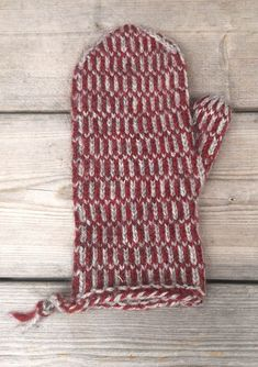 Mittens Pattern, Knit Mittens, Mitten Gloves, Knitted Hats, Knitting Needles, Knitting Yarn, Knitting Patterns Free, Free Knitting, Norwegian Knitting