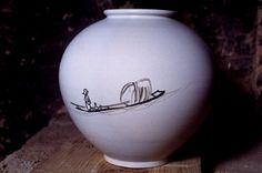 (Korea) Porcelain Moon Jar painted by painter S. ca century CE. Porcelain Vase, White Porcelain, Moon Jar, Painted Jars, Asian Art, 19th Century, Clay, Korea, Crafts