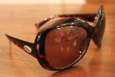 Óculos Triton por R$ 24,90. #óculos #triton #acessórios #angelinabrecho #brecho #boacompanhia #bomcafé