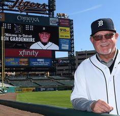 Ron Gardenhire Detroit Baseball, Detroit Sports, Detroit Tigers, Sports Teams, Pepsi, Michigan, Basketball, Baseball Cards, Guys