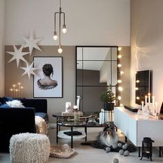 Top 5 Inexpensive Family Room ideas X - M a s P r e p a r a t i o n s . Nordic Living Room, Living Room Decor, Family Room, Home And Family, Nordic Interior, Nordic Christmas, Home Again, Christmas Decorations, Table Decorations