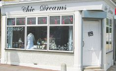 Chic Dreams. Vintage Boutique in the heart of Essex x