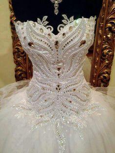 Stunning details on this white tutu! Ballet Tutu, Pretty Costume, Ballet Russe, Estilo Cool, Amazing Wedding Dress, Tutu Costumes, Beautiful Costumes, Ballet Beautiful, Beautiful Beautiful
