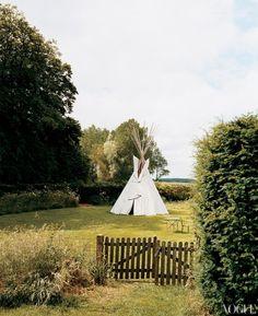 Stella Tennant's Scotland Estate, by Francois Halard, Vogue, October 2005