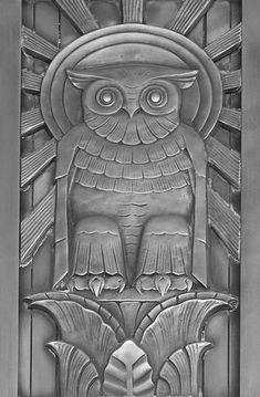 Concept Modeling For Metallic Sculpture : – Picture : – Description Art Deco owl above the door to center reading room, floor, Library of Congress, John Adams Building, Washington -Read More – Art Nouveau, Knobs And Knockers, Door Knobs, Owl Door, Unique Doors, Inspiration Art, Owl Art, Library Of Congress, Congress Building
