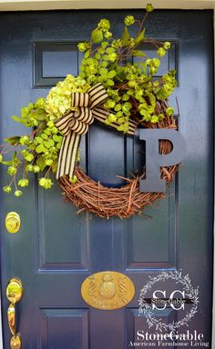 INITIAL WREATH DIY - gives instructions and materials needed