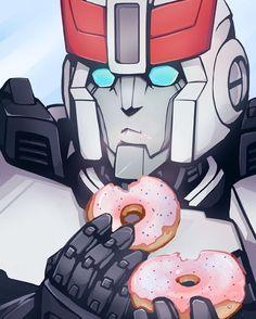 Prowl, chew before swallowing #Transformers #TransformersIDW #TransformersExRID…