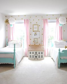 little girl bedroom decor Vintage Girls Rooms, Cute Girls Bedrooms, Teenage Girl Bedrooms, Bedroom Vintage, Little Girl Rooms, Bedroom Girls, Girls Room Paint, Trendy Bedroom, Childrens Bedroom