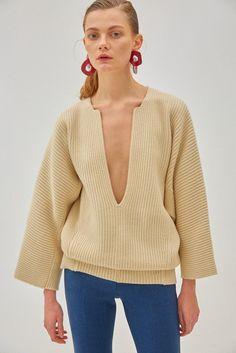 Grei Sweater