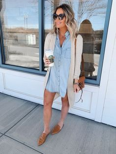 4 Ways to Style a Denim Dress Source by michaela_bechtel dress outfit Jean Dress Outfits, Jeans Dress, Denim Dress Outfit Summer, Jean Shirt Dress, Denim Dresses, Denim Outfits, Spring Summer Fashion, Spring Outfits, Spring Style