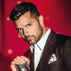 Your Daily Dose of Ricky Martin Ricki Martin, Puerto Rican Singers, Swag Boys, Rick Y, Jason Statham, Celebs, Celebrities, Bearded Men, Sexy Men
