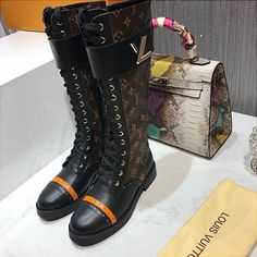 Louise Vuitton, Louis Vuitton Boots, Shoes Heels, Pumps, Designer Boots, Shoe Game, Backpack Bags, Ranch, Combat Boots