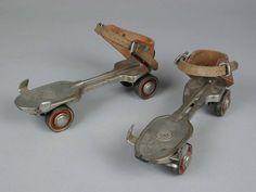 """Paar rolschaatsen, metalen wielen, merk """"HUDORA"""", met sleutel"""