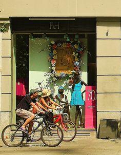 Paseo en Bicicleta-Madrid 0611 Madrid, Explore, Vehicles, Painting, Art, Cruiser Bikes, Hobbies, Walks, Street