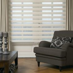 This remarkably modern and stylish shade allows for you to maintain your privacy while delivering outdoor views. The unique blend of alternating fabrics is stylish and sophisticated, adding to the design element of the room.