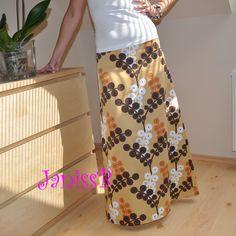 Dlouhá sukně Sukně v maxi délce, šita z kvalitního bavlněného saténu. V ZD odševky, zip. Áčkový střih. Možnost ušití na přání v požadované velikosti po zaslání rozměrů