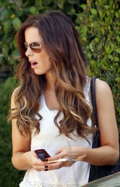 Long wavy ombre hair for summer