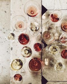 Wine color palette for weddings. Champagne, rose and wine wedding inspiration. Brunch, Photo Food, Wine Photography, Product Photography, In Vino Veritas, Wine Time, Cata, Wine Tasting, Food Photography