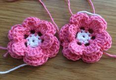 Midsommarkrans – PysselNetan Crochet Flowers, Elsa, Panda, Crochet Earrings, Projects To Try, Blanket, Cotton, Jewelry, Crochet Ideas