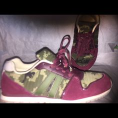 Sneakers Brand new never used Shoes Athletic Shoes