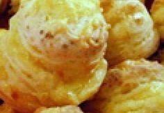Kategória: sajtos pogácsa. 229 recept. Legnépszerűbb receptek: Napokig puha pogácsa, Nagyi sajtos pogácsája, Pihe-puha pogácsa -Sajtos pogácsa 11., 19 pihe-puha, omlós pogácsa pihentetés és kelesztés nélkül, Heti menü: az olasz lágy sajt bűvöletébe esünk - mozzarellázásra fel! Atkins, Baked Potato, Tapas, Paleo, Potatoes, Ethnic Recipes, Food, Meal, Potato