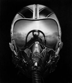 Flight helmet, sweet reflection