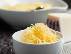 How to Cook Spaghetti Squash. How to Cook Spaghetti Squash. The easy way to cook tender spaghetti squash. There's a secret tip that you do right after cooking! Vegetarian Spaghetti, Vegetarian Cheese, Vegetarian Recipes, Cooking Spaghetti, Healthy Recipes, Perfect White Rice, Philly Cheese Steak Sliders, Ice Cream Scooper, Chicken And Biscuits