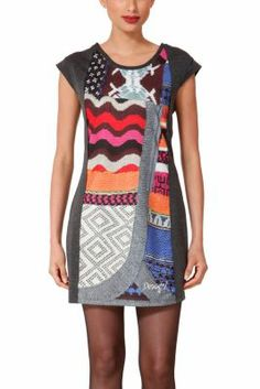 Desigual women's Lonso dress. A very cute pinafore dress inspired by our wool jumpers. Zip fastening. Slim fit.