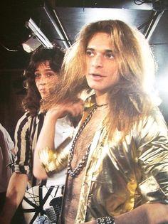 """Hace 29 años Hoy: Van Halen vídeo """"Jump"""" fue #1 en U.S. Billboard's Singles chart.  Happy anniversary!!!!"""